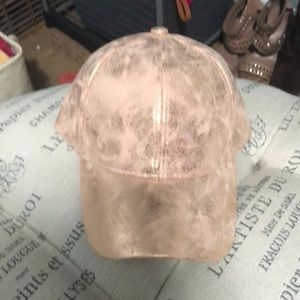 NWT David and Young rose gold hat